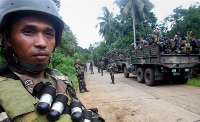 Philippine govt, MILF agree to continue cease-fire