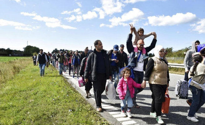 Sweden to expel up to 80,000 refugees