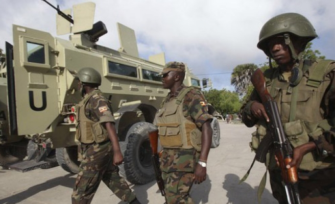 Somali, AU troops retake key port from Shebab
