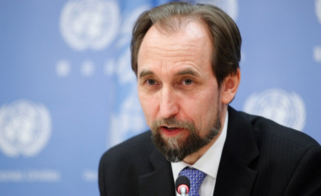 UN rights chief in Sri Lanka for talks over war crimes