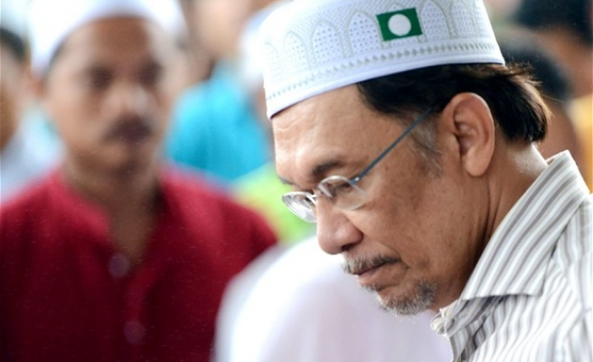 HRW urges Obama to be firm on release of Malaysia opp. leader