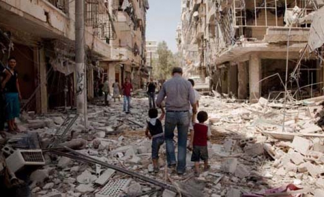 Syrians tell of life under barrels and bombs