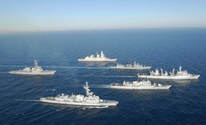 NATO moving naval group to Aegean 'without delay'