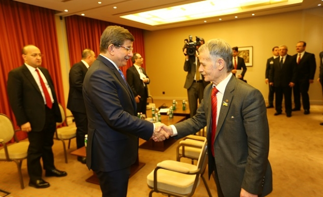 Crimean Tatar leader hails meeting with Turkish PM
