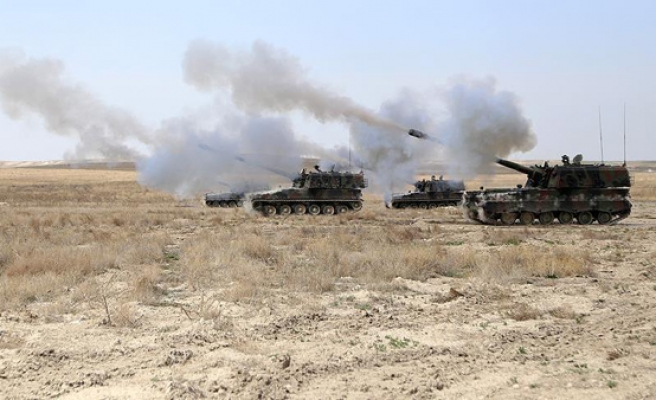 Turkish military hits ISIL targets in northern Syria