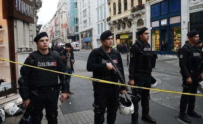 ISIL link probed in Istanbul suicide blast