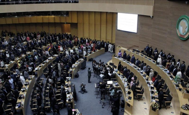 African Union urges Sudan rebels to sign roadmap deal