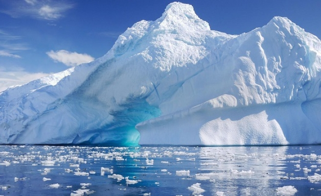 Sea levels set to 'rise far more rapidly than expected'