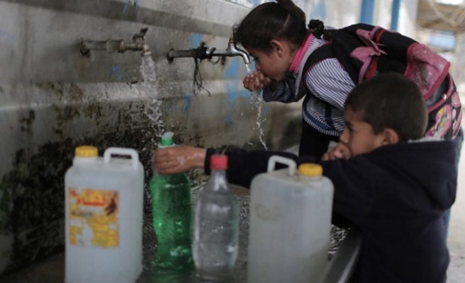 Water crisis makes life even worse for besieged Gaza