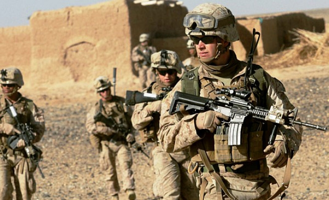 Britain to send extra 440 troops to Afghanistan