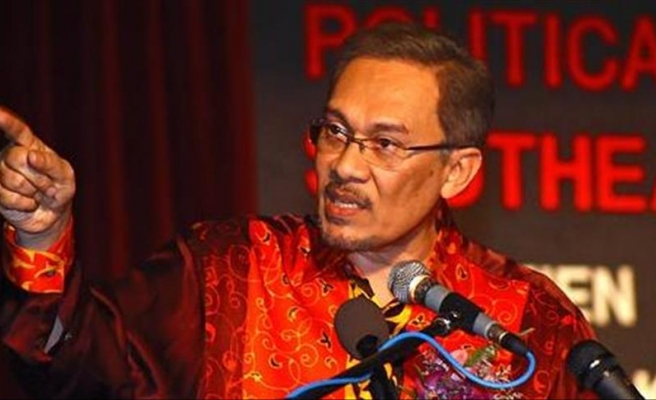 Malaysia's Anwar Ibrahim urges opposition to close ranks
