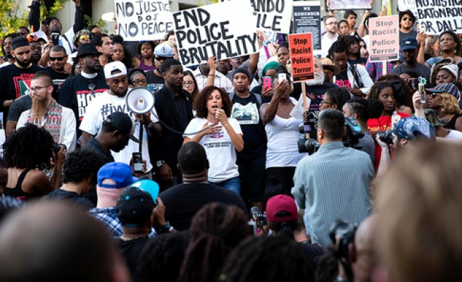 Protests in US as Dallas shooting deepens divides