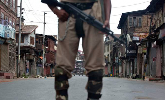 India police seize newspapers amid Kashmir unrest