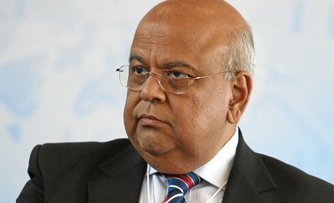 S. Africa withdraws fraud charges against finance min.