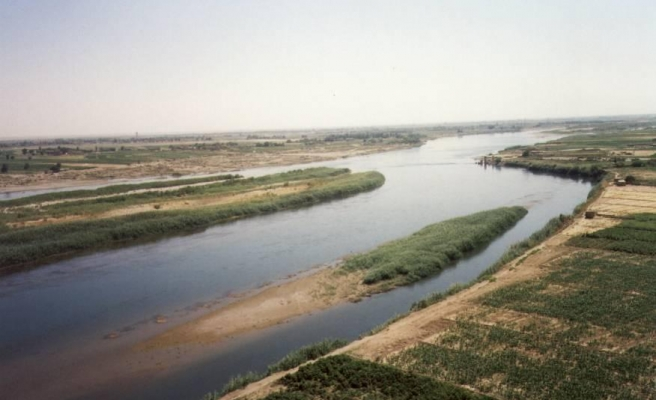 The Euphrates Shield from a historical viewpoint