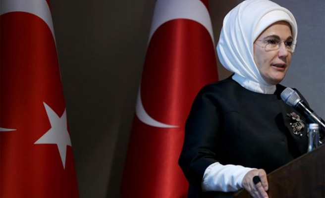 Turkey's 1st lady stresses ending violence against women
