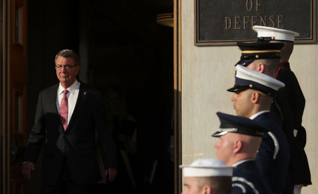 Pentagon chief in Iraq to discuss Mosul offensive