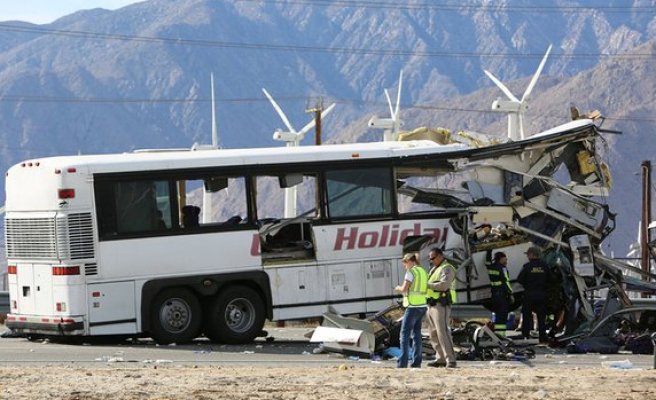 At least 13 killed in US bus crash
