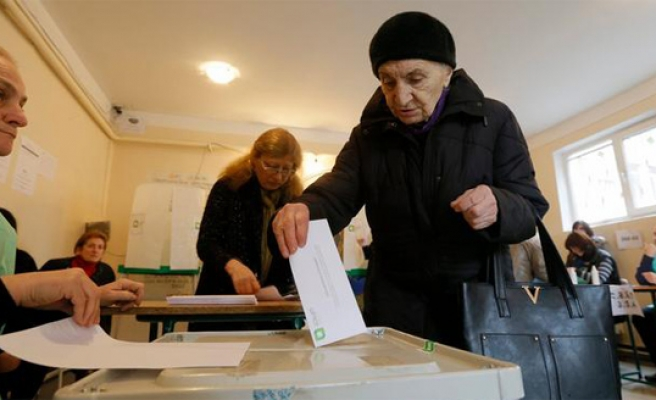 Georgia ruling party scores win in disputed polls