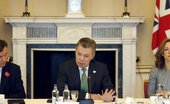 Colombia, UK sign oil, gas deal in London