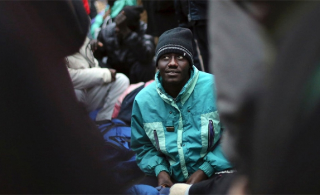 After Calais, France clears Paris camps along canal