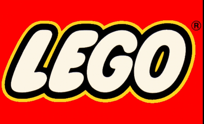 Lego stops advertising in right wing Daily Mail