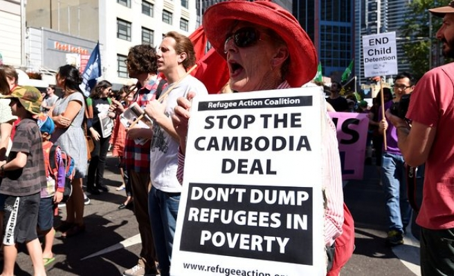 Cambodia resettlement deal still stands, official says