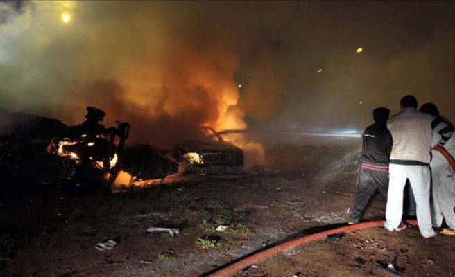 Car bomb injures 15 in Libya's Benghazi