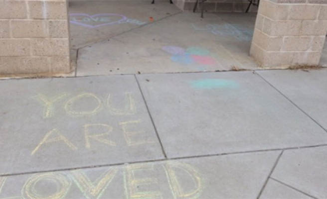Mosque 'vandalised' with messages of love in Virginia