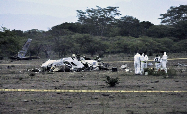 Passenger plane with over 100 aboard crashes in Cuba