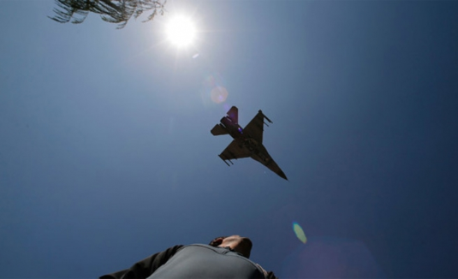 Denmark to pull its jets from Turkish airbase