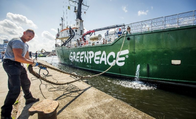 Russia dismisses Netherlands over Greenpeace ship
