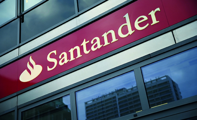 Santander banks a jump in profits thanks to Brazil