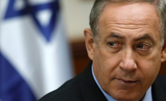 Israel backs joint airstrikes on Syria regime