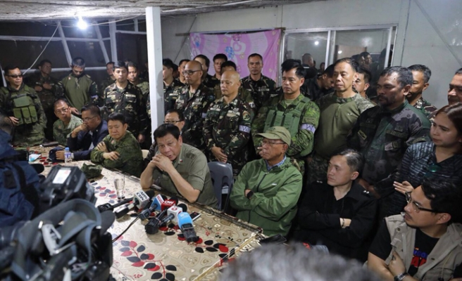 Duterte visits Marawi on National Day of Protest