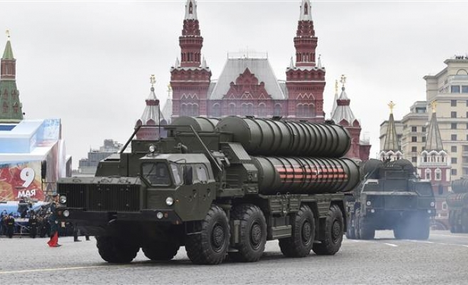 Russia rejects criticism of missile deal with Turkey