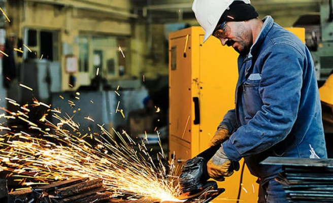 Turkey's industrial production rises in August