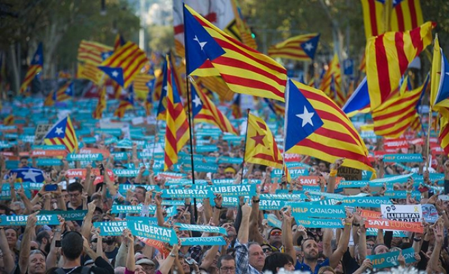Catalan parliament votes to split from Spain