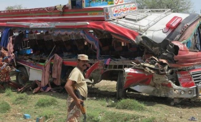 At least 24 killed in bus accident in Pakistan