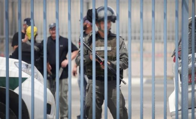 Israel tortures 60 pct of detained Palestinian minors