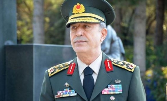 Turkish military chief attends Doha defense exhibition