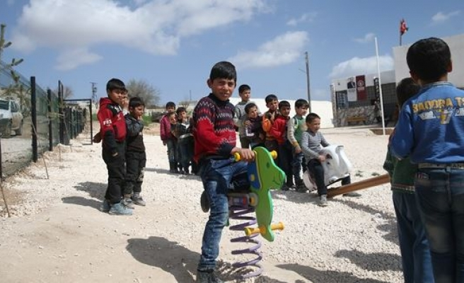 Turkey renovates schools in Afrin