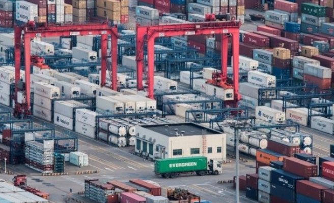Turkey's foreign trade deficit down in July