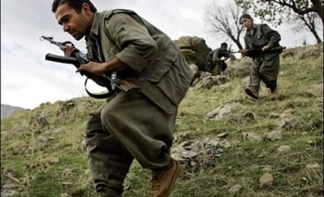 Turkey wary of arms sent to Iraq falling to PKK