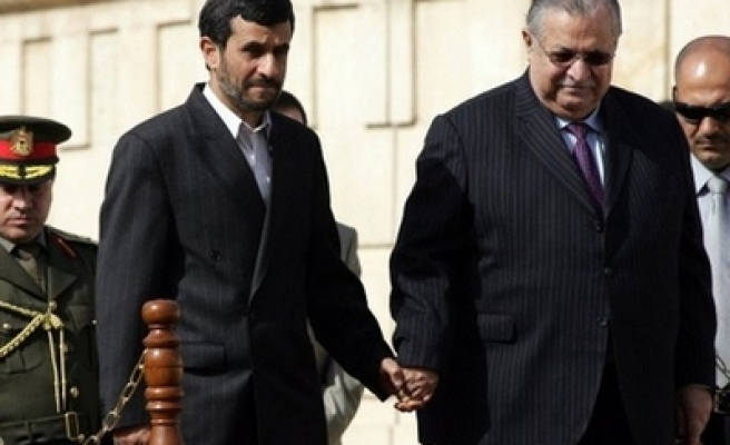 Iraq says working to expel Iranian militant group