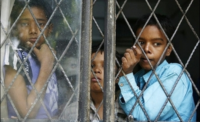 France: 500 children detained at borders annually