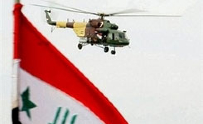 Iraq helicopter crashes, 8 killed - US military