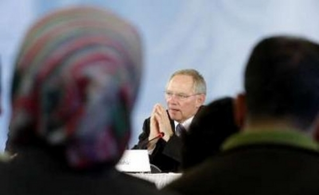 Germany agrees to give Islam lessons to Muslim students