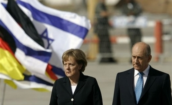 Israel, Germany agree to sign military accord