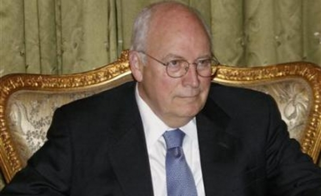 Cheney arrives in Afghanistan for talks with Karzai